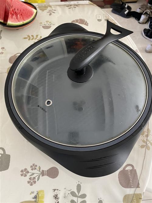 苏泊尔火锅多功能炒菜,火锅,煎烤一体锅。6L  适用4-8人   直径34cm  深度7cm