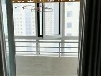 东方嘉园两室一厅,**家具年租2万 电话15020332917