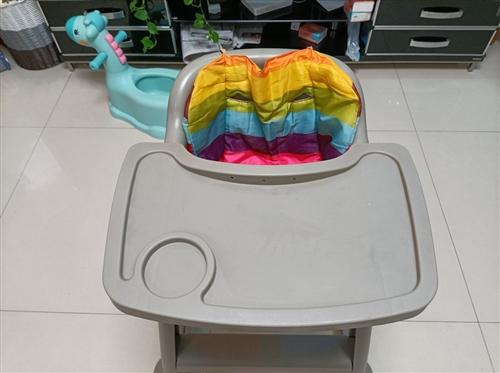 肯德基同款儿童餐椅,带轮子,便宜出,有需要的联系,