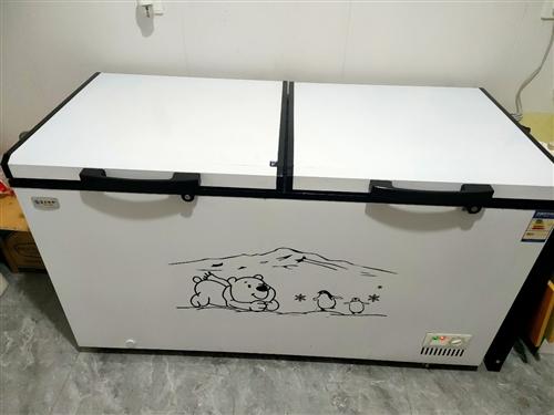 煲尔牌大冷柜外径1.45*0.65m    买来想做冷饮的,没做起来,现在利用不起来   便宜出售,...