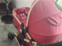 婴儿手推车,可躺可坐,九成新,加组装衣柜,四月份买的,现在因为要出去了。所以打包一起,同城可送货上门...