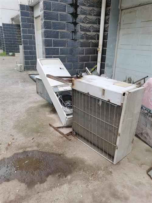 高价回收旧空调,二手空调免费拆卸上门取货