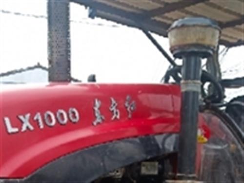 急賣東方紅拖拉機,LX1000帶三樣好農具,發動機特好,工作一千多小時買了就能掙錢137811214...