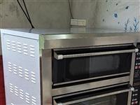 电烤箱 (两层四盘电脑版),上下层各自分开控制电源和时间温度,9成新,原价3400元。(需自提)。地...