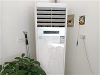饭店倒闭空调冰箱现货低价出售,联系18385793227