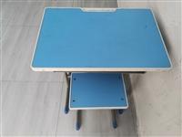 课桌 量大从优  电话13550401458