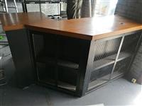 收银台、展示柜、八眼灶、六门冰柜、烧烤净化器加烧烤炉、凉菜柜低价处理