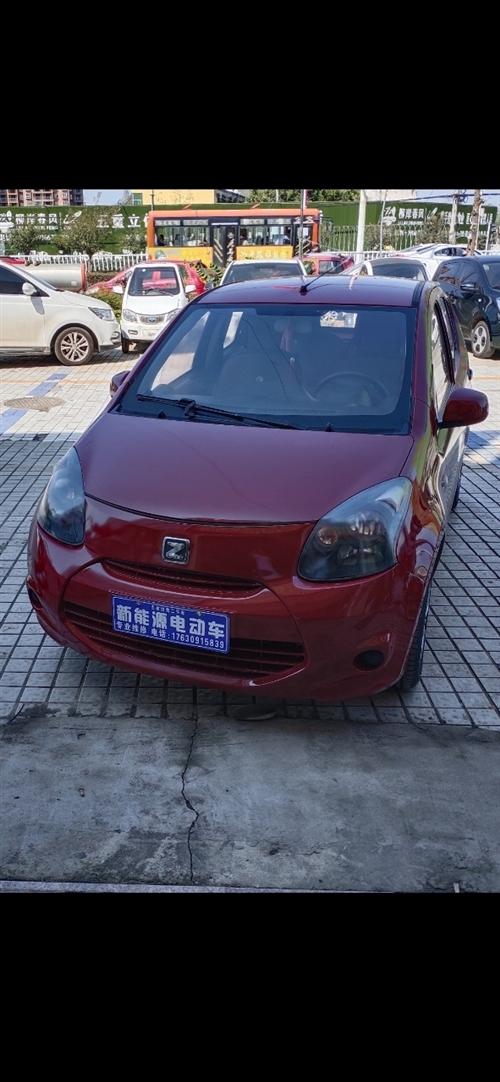 众泰云100电动汽车,充一次电续航170公里左右,车况精品,低价出售。联系电话17630915839