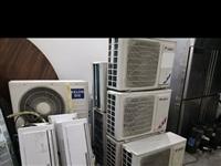 空调、货架、冷风机、不锈钢大冰柜、展示柜、折叠小书桌等物品全部低价处理13765570757