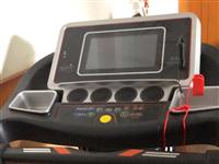 9.99成新的跑步机,买时1999,没跑过