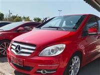 2010纯进口奔驰B200新车下地36多,现在优惠31万多,5.99万