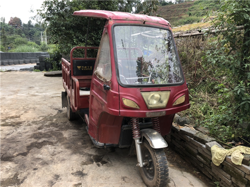三轮油车出售,能开能跑,黑车,榕江县自提,喜欢来看车