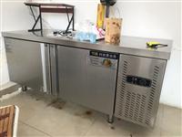 门市转让处理家电 冷藏冰柜 可以当操作台 用了三个月 长1.8米 宽80厘米 高80厘米 全冷藏