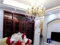 福龙丽景别墅4室 精装售245万元