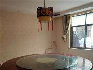 2米8圆桌三张出售,9成新
