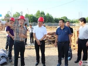 太和县城关镇党委书记朱启峰国庆期间督导安全生产工作