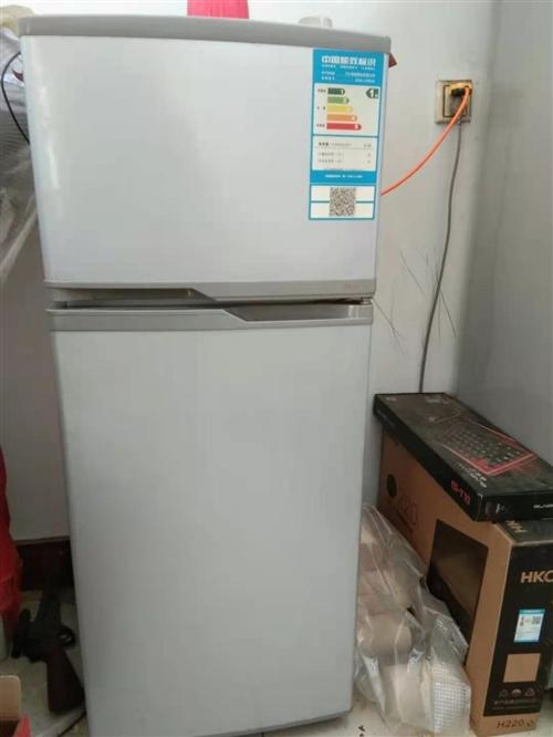 出售自用闲置冰箱一台仅售300元