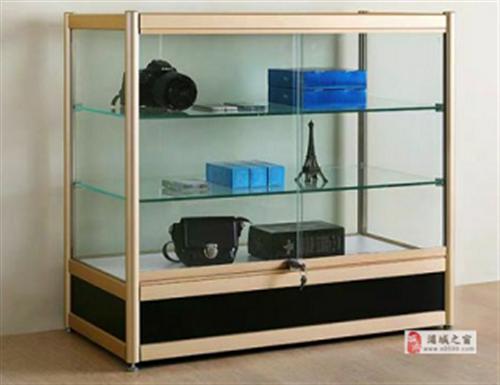 求购玻璃柜一个,价格面议