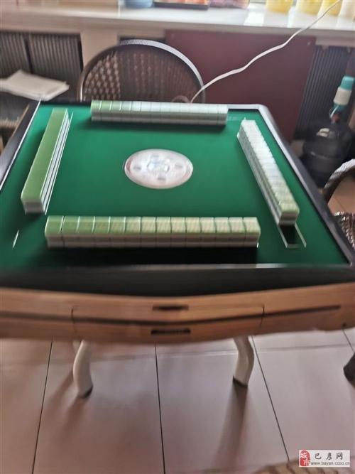 出售二手麻将机,44的麻将,腿是新买的