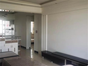 河东原工商局家属院一套精装房对外出售