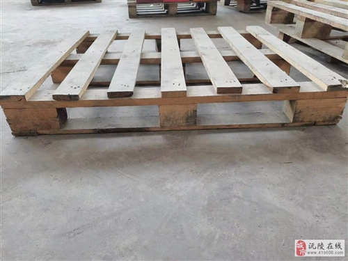 貨物木制地托板