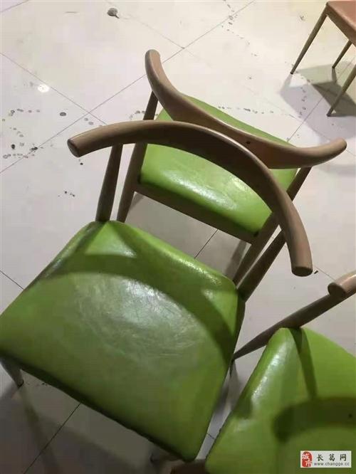 处理一批餐桌,椅子,九成新