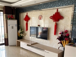 滨河湾小区3室2厅2卫68万元