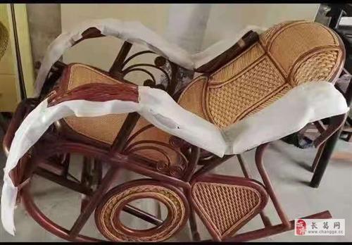 低价出售原来进货的高品质藤椅