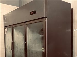 双控操作台,展示柜转让,厨房,奶茶店都可以。