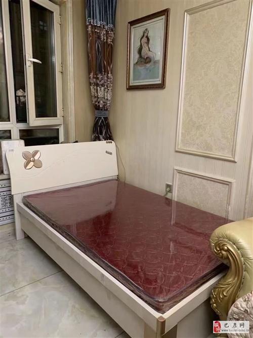 品牌床出卖一米二床,只要600