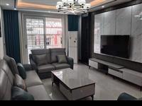 新政务中心旁龙湖花园2楼精装4室2厅2卫68万元