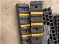低價轉讓一批橡膠防撞條,全新未使用