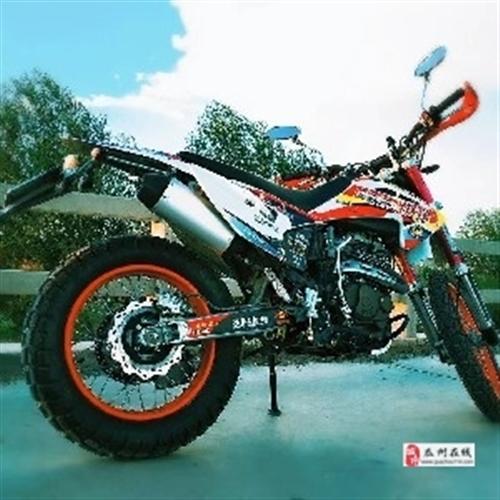 本人有一辆越野摩托车 95新出售