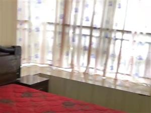芷阳新苑2室2厅1卫1600元/月