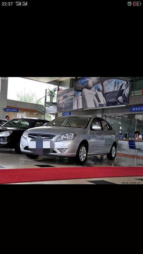 出售現代悅動小轎車