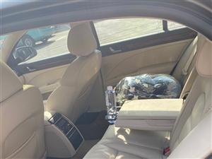 上汽大众斯柯达昊锐1.8T自动带天窗