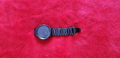 华为GT1智能手表全金属表盘和钢带具有防水功能,手表质量相当不错,96新买来基本很少戴这边功能强大可...