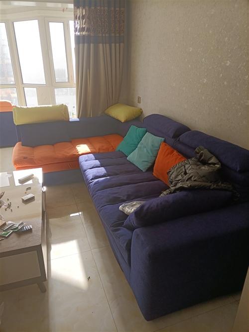 沙发,只用了两个月,便宜处理,需要的联系我,15609472565,微信同号