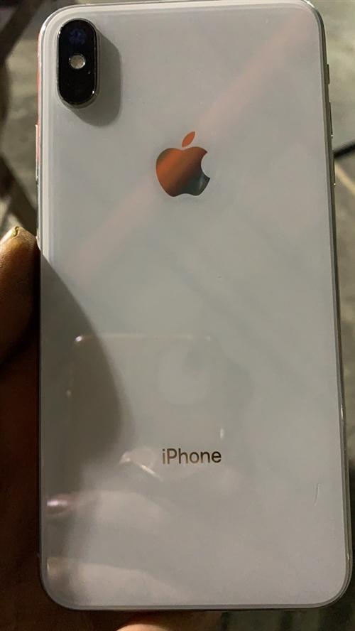 自用iPhoneXSmax,白色 双卡三网国行 64G,现低价出售 15101752272