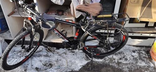 山地自行車,95成新,買了三個月,沒怎么騎,一直閑置在家