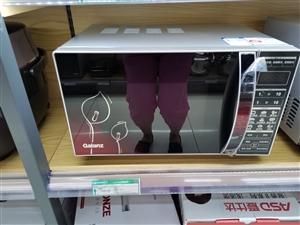 超市格兰仕微波炉799,老人不会用,用过两次,400出售。