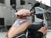 求购有证件的女装摩托车一辆,外观要还好的,如有意出售,麻烦拔打:18046681898