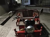 出售三轮电动车  650元   充次电可以用四五天    来凤龙山来回跑四五趟    车况很好   ...
