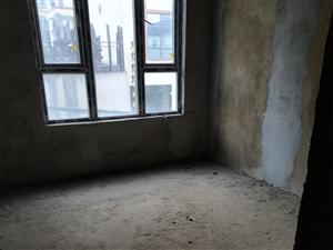 红果江源路新房出售,面积:132.34平米,毛坯房,步梯带电梯,间间采光,总楼层:8层。所售楼层:1...
