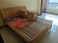 双人床两张,八成新,因为换房子转让有意者联系15065206816