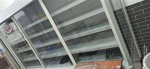 冷藏展示柜,入手價5k多,九成五新,使用不到四個月,長2.5米,高2米,寬60,詳情歡迎來店咨詢!...