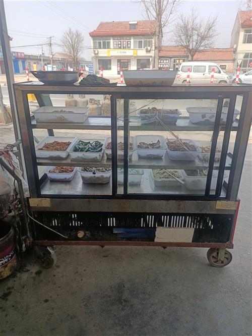 正常使用中的保鮮冷藏柜用了一年多,買時2400元,因轉行便宜出售800元帶車架。喜歡的朋友來電187...