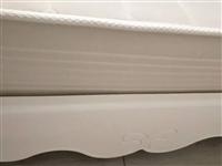 环保简欧九成新品牌新床,买了一直闲置,白菜价出售。自取。