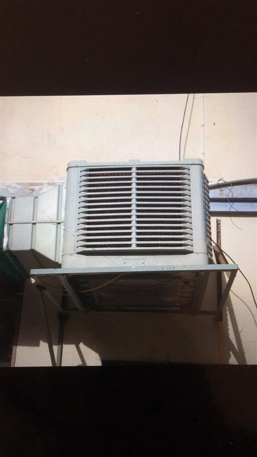本人有一台冷风机和烤全羊炉子,八九成新,有需要的老板联系,17709470774