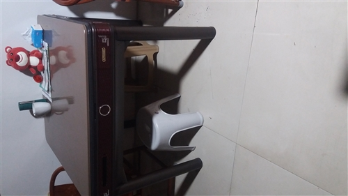 五台四腿新型餐桌麻将机,价格公道,正在使用中,有意者面议!